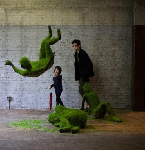 Growing grass sculptures from Mathilde Roussel-Giraudy