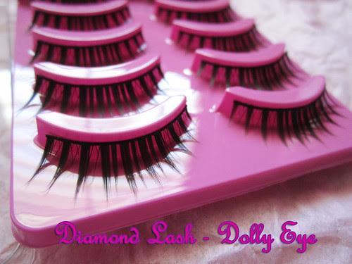Diamond Lash Dolly Eye close