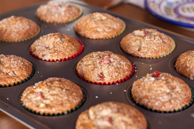 Delectable Musings: Rhubarb Muffins