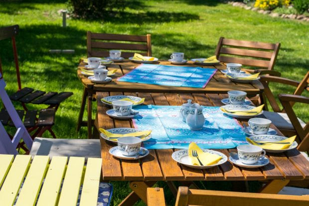 4 Tips to Throw a Perfect Outdoors Party