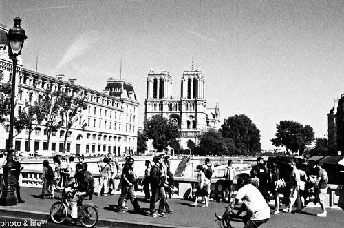 03061102 by Jean-Fabien - photo & life™