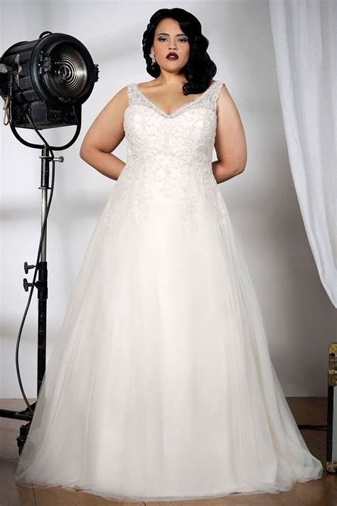 Plus size wedding dress shops near me   Curvy, Sexy Bridal