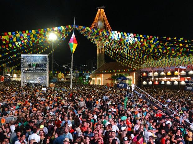 Primeira noite do São João de Caruaru 2015 (Foto: Lafaete Vaz/ TV Asa Branca)