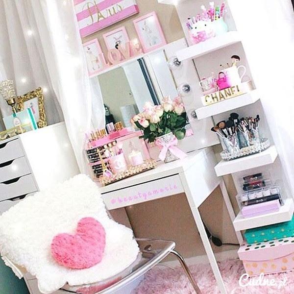 Image Result For Bedroom W Desk