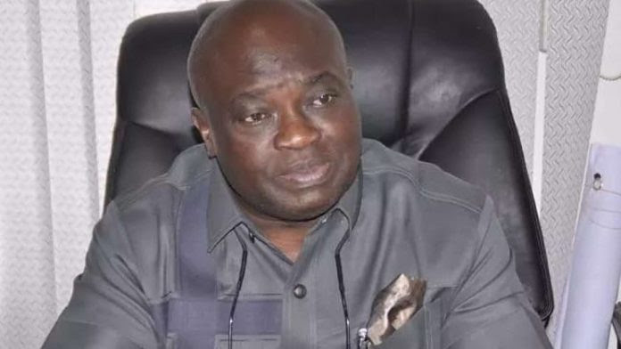 Abia Teachers Can't Cash Cheques Issued By Govt For July Salary