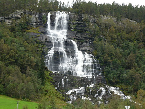 Tvinde Fassen Waterfall