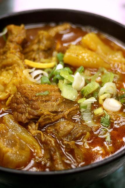 Kau Kee Beef Brisket in Curry with Ee Fu Noodles