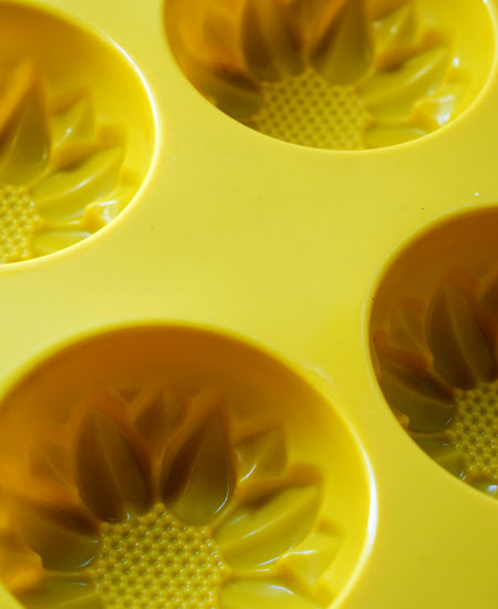 mini sunflower silicon moulds©