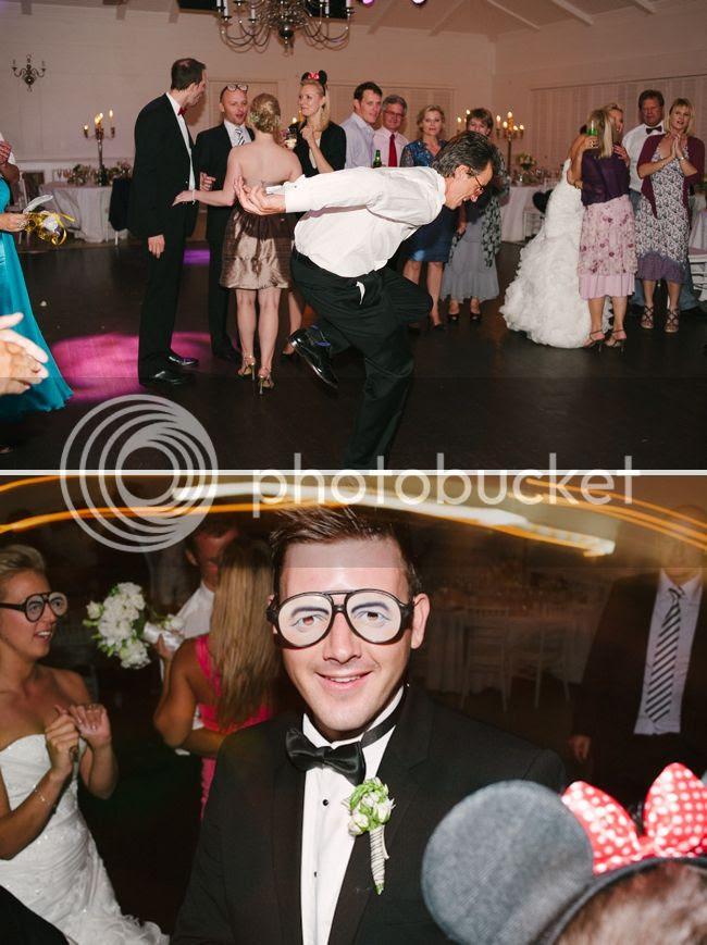 http://i892.photobucket.com/albums/ac125/lovemademedoit/welovepictures/ValDeVie_Wedding_044.jpg?t=1338384405