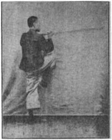 《昆吾劍譜》 李凌霄 (1935) - posture 31