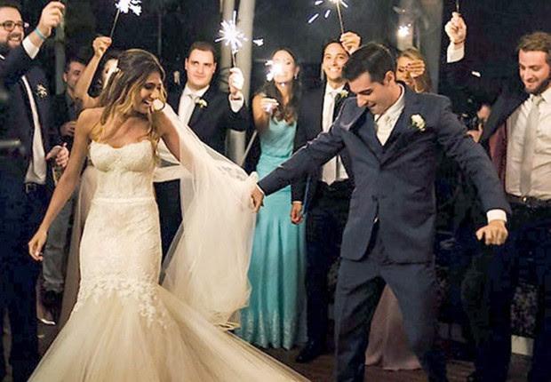 Cena do vídeo de casamento de Felipe Amorim e Caroline Monteiro, que teria sido bancado com recursos da Lei Rouanet e é investigado pela Operação Boca Livre (Foto: Reprodução/YouTube)