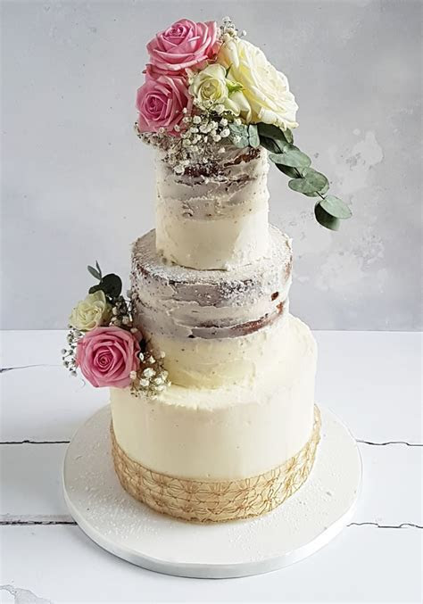 How To DIY Your Cake With Flowers!   Wedding Ideas magazine