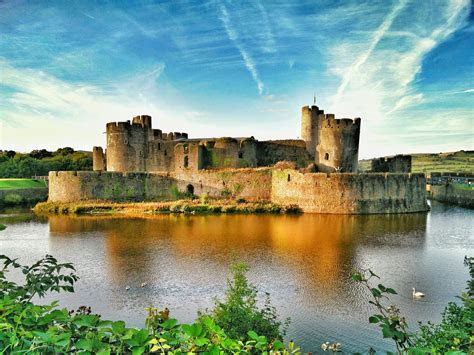 Caerphilly Castle   2019 Only Wedding Venue Caerphilly