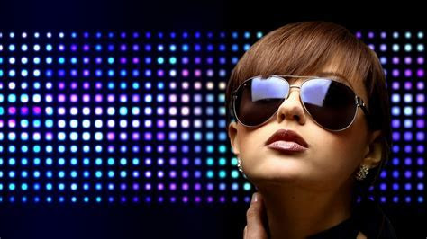 Disco brunettes club clubbing dancing wallpaper