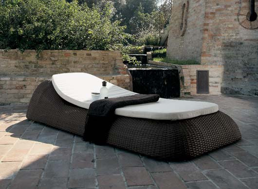 Gorgeous Contemporary Exterior Furniture for Relaxing Outdoors ...