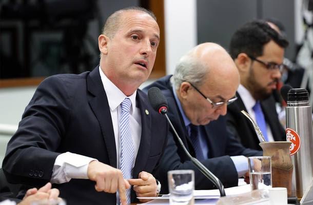 Deputado Onyx Lorenzoni (DEM - RS) durante reunião da comissão especial que analisa medidas anticorrupção
