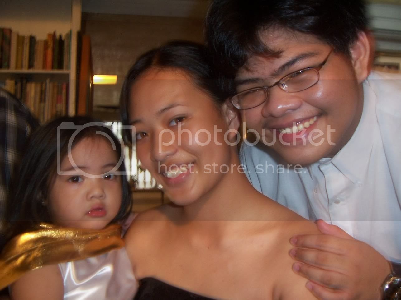 Brianna seems to have been adopted by Dhi and Sudoy, because... Image hosted by Photobucket