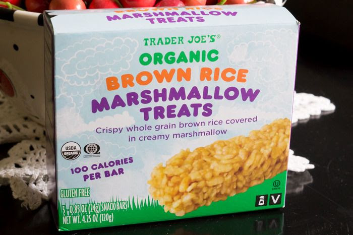 trader joe's brown rice marshmallow treats review : part of a weekly review series of tj's desserts and treats