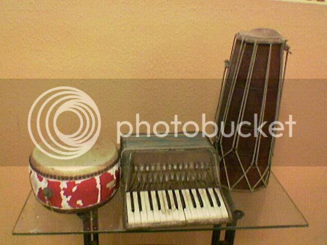 alatan muzik Pictures, Images and Photos