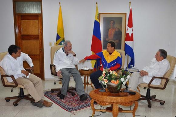 Fidel, Chávez, Raúl y Rafael Correa en La Habana. 21 de julio de 2011 Foto: Estudios Revolución/Archivo de Cubadebate