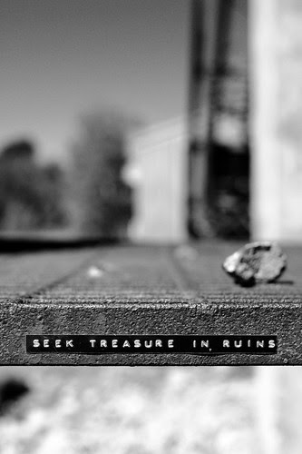 Seek Treasure in Ruins by dcclark