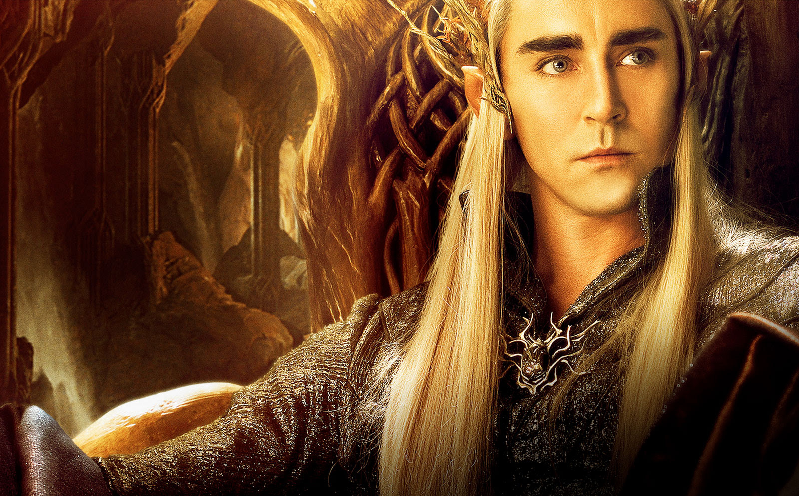 Elves! Dwarves! Hobbit! Brandnew artwork for The
