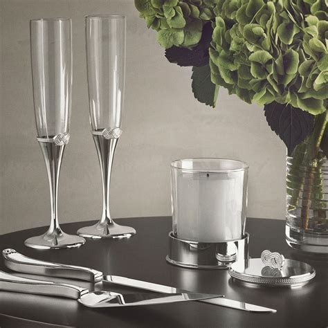 Vera Wang Wedgwood Infinity Forks Set of 2   Wedgwood