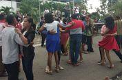 Meriah! Rat   usan Pasangan Asal NTT dan Timor Leste Ikut Lomba Dansa