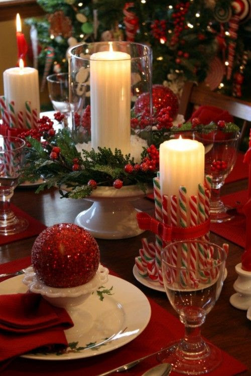 Love the candy canes around the candle!