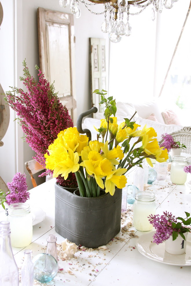 Floral Feast Decorating Your Home with Flowers for Mothers Day! BetterDecoratingBible