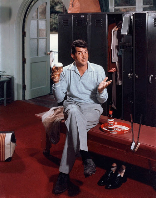 Dean Martin posing for a Rheingold beer ad, 1955 © Paul Hesse