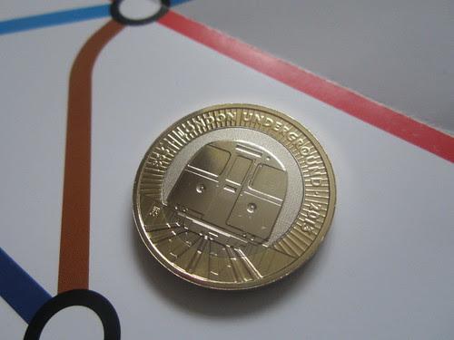 London Underground £2 Tube Train Coin