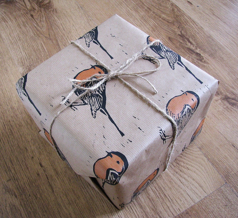 Robin Red Breast Rustic Gift Wrap - Three Sheets