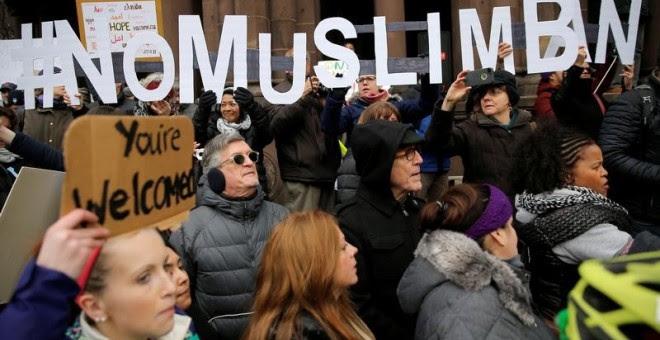 Manifestación en Boston contra las últimas órdenes ejecutivas del presidente de EEUU. - REUTERS