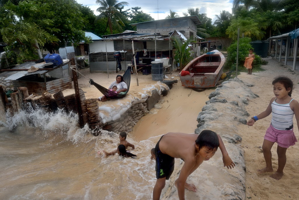 Climate-Kiribati-slide-V1X0-jumbo.jpg
