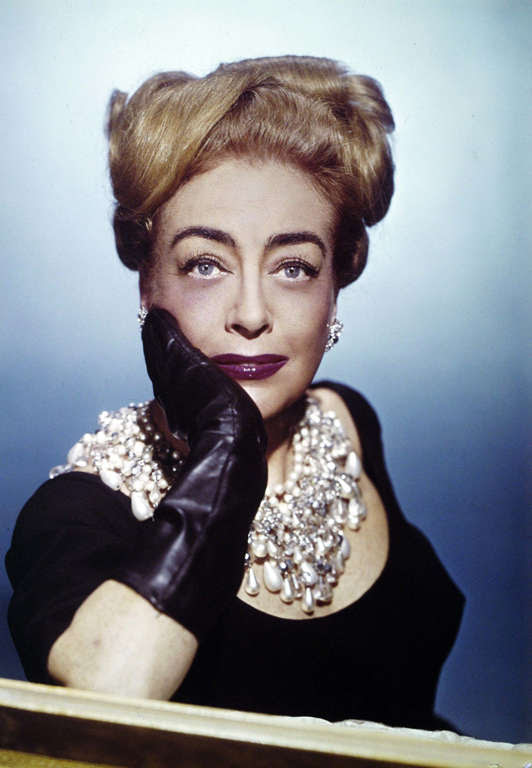 American Actress Joan Crawford. (Photo by Photoshot/Getty Images)