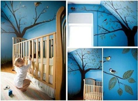 deko ideen schlafzimmer mit dachschraege babybett