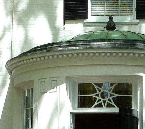 P1010602-2010-04-11-Buckhead-In-Bloom-PhilipShutze-Entrance-Detail-Detail