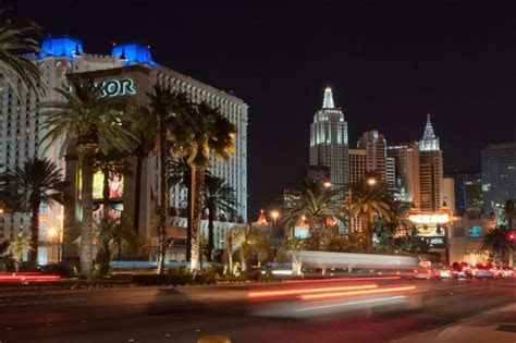 12 Free and Cheap Date Ideas in Las Vegas