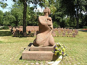 Memorial for and graves of victims of aerial w...