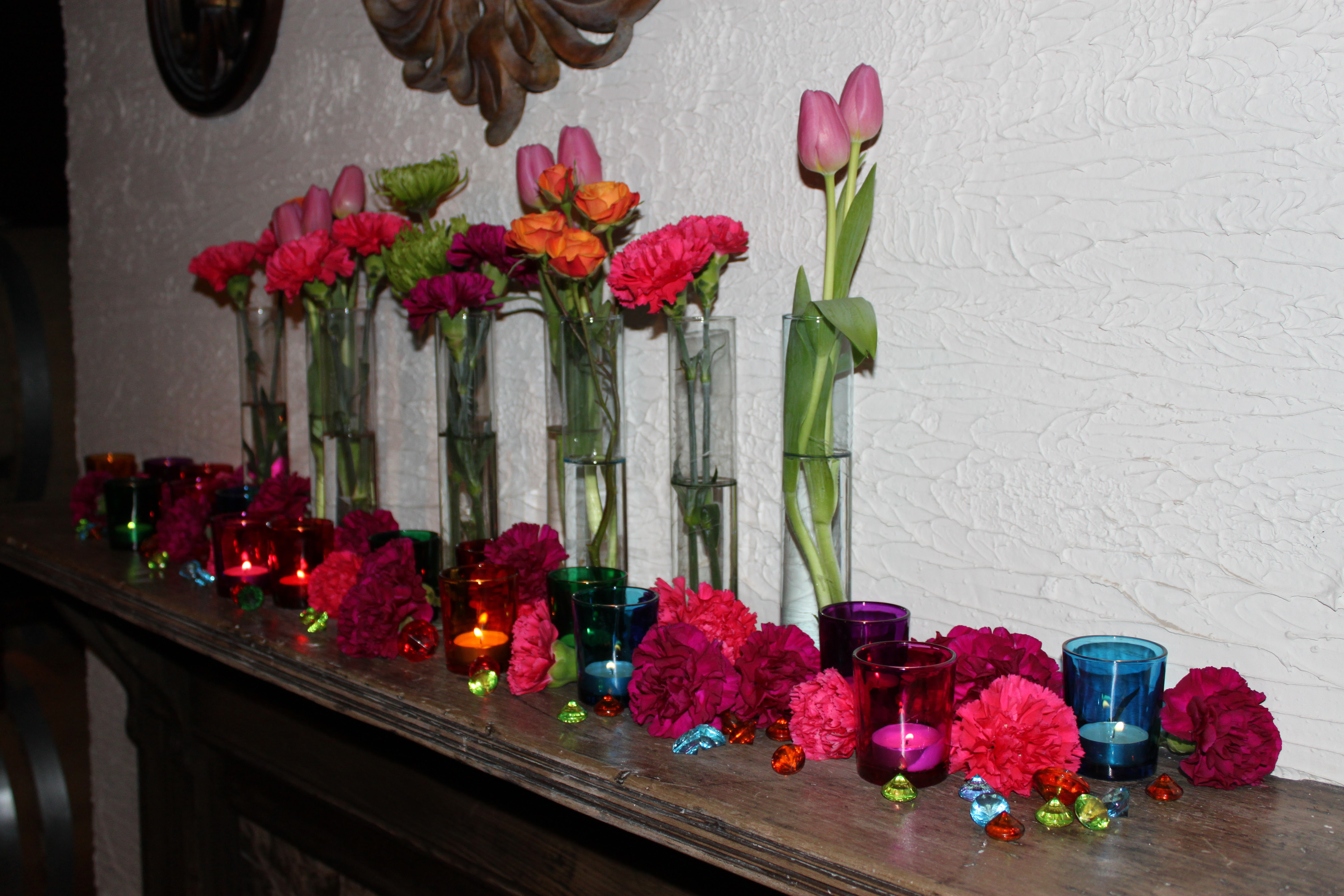 The bride 39s mother found these cylinder vases they were just perfect to