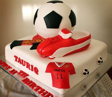 Delana's Cakes: Manchester united Soccer Themed Cake