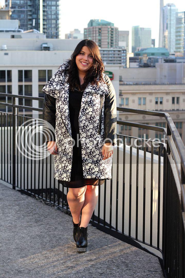 Carmakoma Kadina Jacket Junarose Embellished Shift Dress