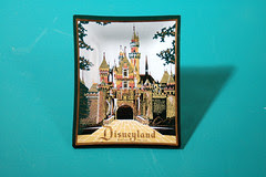 Disneyland ashtray 2