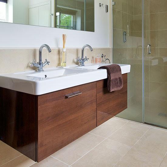 Modern bathroom with vanity unit | Decorating ...
