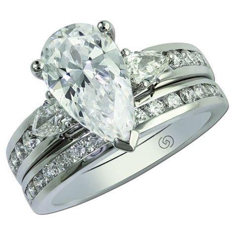 Gottlieb & Sons 29561   Pear shaped three stone bridal set