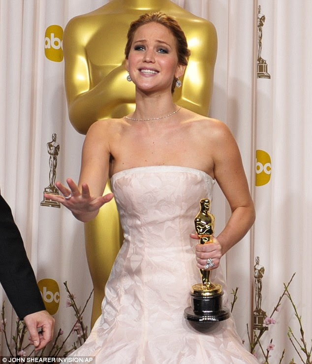Meanwhile backstage: Jennifer's expression to the press screamed, please don't write a million headlines about me falling down