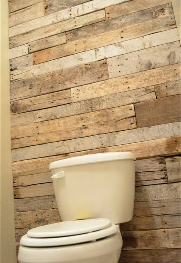 DIY Tutorial: Pallet Bathroom Wall | 99 Pallets