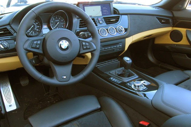 2012 BMW Z4 sDrive28i interior