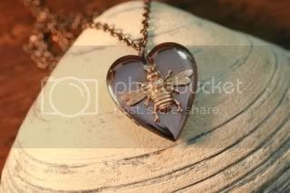 Etsy Find: Beautiful Bee!